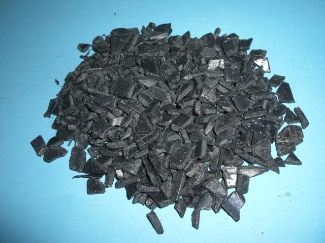 PS post-industrial triturado de color negro