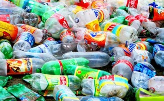 Recycling plastics reduces carbon emissions by up to 90%